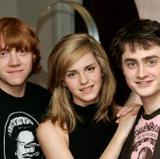 Emma Watson Th_65918_MakeThumbnail_122_1035lo