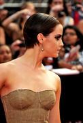 Emma Watson en version Femme Fatale à la 1ère de Harry Potter 7 Part 2 a New York