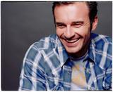 http://img108.imagevenue.com/loc531/th_88193_celebrity_city_Julian_McMahon_3_123_531lo.jpg