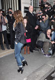 Ванесса Паради, фото 265. Vanessa Paradis arrives at Pavillon Cambon to attend the Chanel show at Pavillon Cambon Capucines in Paris, France, January 25, foto 265