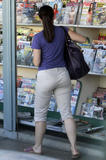 Kristin Davis @ the Newsstand in Beverly Hills, 6/22, 2 HQ