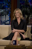th_80550_Celebutopia-Charlize_Theron_appears_on_The_Tonight_Show_With_Jay_Leno-19_122_915lo.jpg
